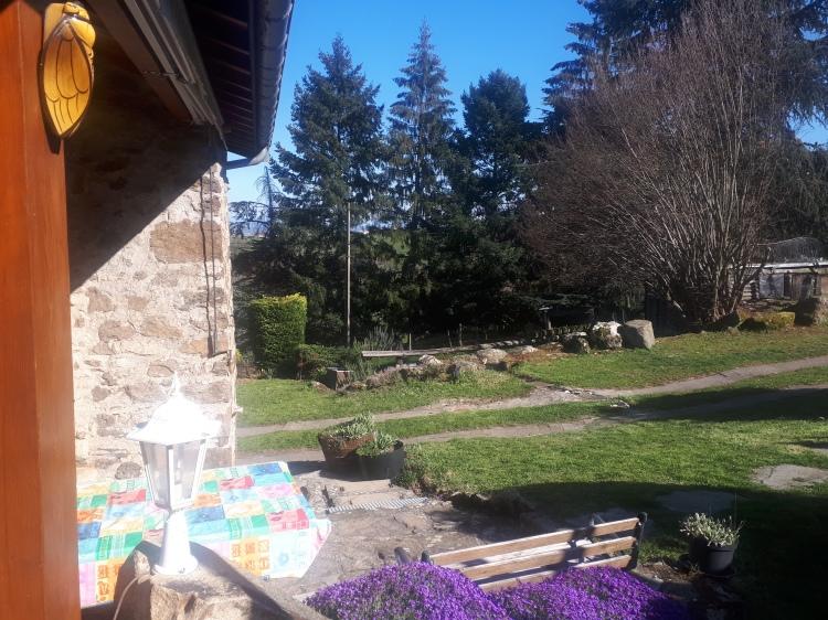 Terrasse gîte la Fournarie chuyer pilat